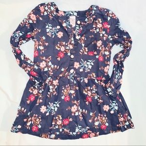💙Floral navy Tunic top 🌺